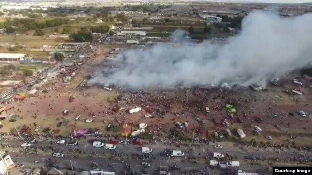 Así quedó el área donde funcionaba el mercado de pirotecnia de San Pablito en México. Foto Policía Federal mexicana.