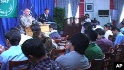 سخنگوی ایساف: 'کاهش ۲۰ درصدی درحملات گروهی طالبان در افغانستان'