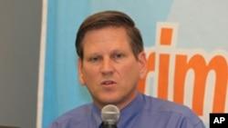 Phó giám đốc phụ trách khu vực Châu Á thuộc tổ chức Human Rights Watch Phil Robertson