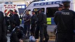 پلیس لندن ۶۰۰ نفر را به دست داشتن در شورش و غارت متهم کرد