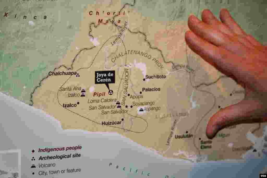 Mapa de los yacimientos arqueológicos y los sitios de poblaciones indígenas en Centroamérica.