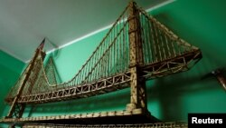 A replica of Golden Gate Bridge made from matchsticks by Janusz Urbanski is pictured at his flat in Ruda Slaska, Poland, May 4, 2016.