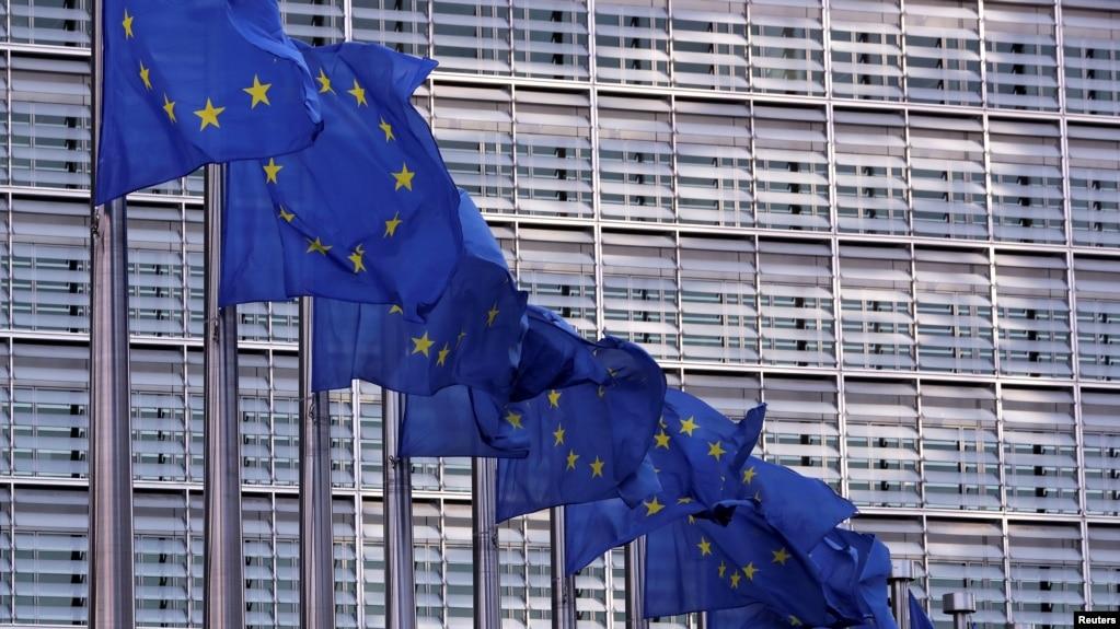 Europarlamentarët i kërkojnë kancelares gjermane liberalizimin e vizave për Kosovën