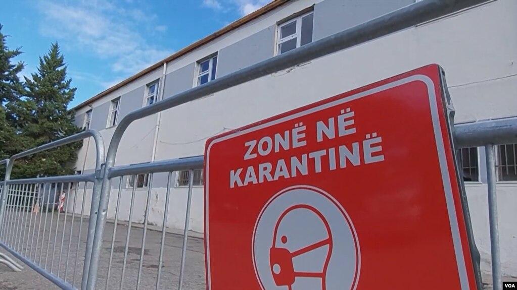 Shqipëri, rriten të shtruarit në spitale, hapet COVID 3