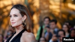 Aktris Angelina Jolie memberi kejutan saat mengatakan bahwa ia telah melakukan operasi pengangkatan payudara untuk menurunkan risiko kanker. (Foto: Dok)