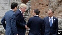 صدر ٹرمپ کینڈا کے وزیر اعظم ٹروڈو، فرانس کے صدر میکرون اور یورپین کونسل کے صدر ڈونلڈ ٹسک سے گفتگو کر رہے ہیں