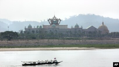 Start of Latest Mekong Dam Draws Fears of River's 'Tipping