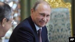 Ruski predsednik Vladimir Putin na bezbednosnoj konferenciji u Tadžikistanu