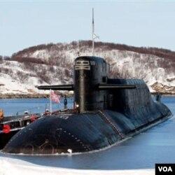 India akan meresmikan kapal selam nuklir, yang disewa dari Rusia seharga sekitar 900 juta dolar, bagi angkatan lautnya.
