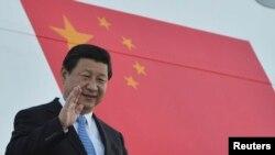 9月4日习近平抵达俄罗斯参加20国峰会(资料照片)