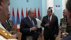Նախագահ Սարգսյանը շնորհել է բարձրագույն զինվորական կոչումներ և դասային աստիճաններ