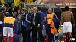 Presidenti Sarkozi i angazhuar të analizojë humbjen e Francës në kampionatin botëror të futbollit