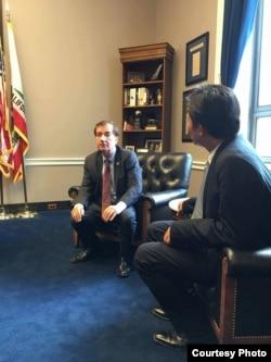 时代力量执行主席黄国昌与美国众议院外委会主席罗伊斯会晤