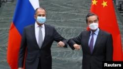 俄羅斯外長拉夫羅夫與中國外長王毅在桂林舉行會晤。(2021年3月22日)