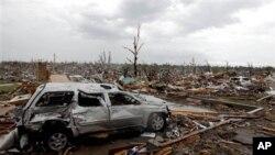 美國中西部密蘇里州遭強大龍卷風橫掃﹐喬普林市夷為平地