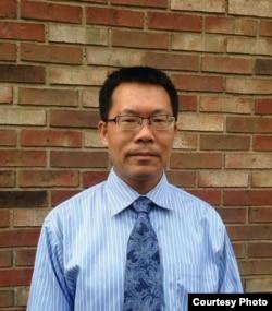 中国人权律师滕彪
