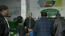 Obama Family Volunteers at Local Food Bank