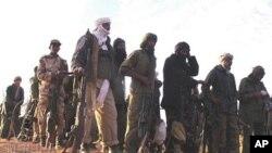 Des rebelles touareg au Nord du Mali en février 2012.