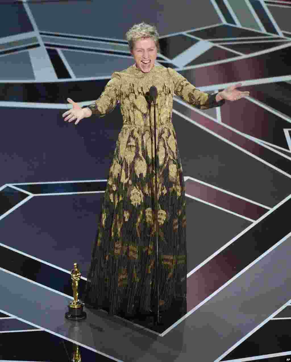 فرانسس مکڈونلڈ کو 'تھری بل بورڈز آؤٹ سائیڈ ایبنگ میزوری' کے لیے بہترین اداکارہ کا ایوارڈ دیا گیا۔