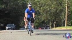 协力自行车让盲人享受运动乐趣