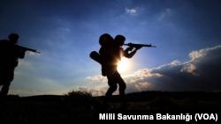 Şerên Artêşa Tirkiyê Û Şervanên PKK