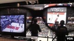 Pemerintah Tiongkok mewajibkan Stasiun televisi untuk menayangkan sedikitnya dua jam berita setiap malam (Foto: dok).