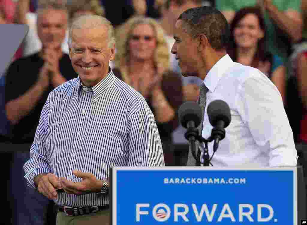 Le président Barack Obama et le vice-président Joe Biden à Dayton, dans l'Etat de l'Ohio
