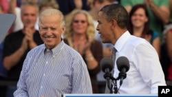 奥巴马总统和拜登副总统10月23日在俄亥俄州竞选