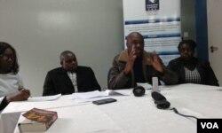 UMnu.Marvellous Khumalo, uMnu. Marufu Mandewere labanye abahlangane lentathelizindaba eHarare.
