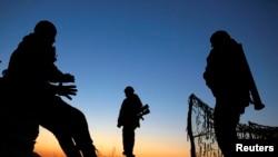 乌克兰公布俄罗斯边界附近的乌克兰哨所和军人