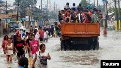 菲律宾首都马尼拉灾民迁移