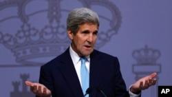 圖為美國國務卿克里星期一在訪問西班牙期間表示,美國希望避免敘利亞'徹底毀滅'。