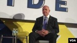 美国家安全顾问麦可马斯特在新美国安全中心上发表讲话 (美国之音莉雅拍摄)