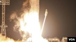 El Phobos-Grunt despegó con el cohete Zenit-2SB desde Kazajstán.