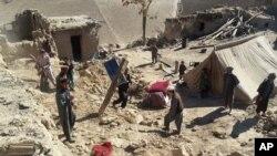 درنتیجۀ زلزلۀ دیروز ۷۶۳۰ منزل در افغانستان نیز تخریب شده است.
