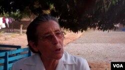 Irmã Dolores Babarreo do orfanato das irmãs Mercedárias
