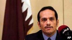 7월 1일 이탈리아 로마에서 회견하는 알타니 카타르 외교부 장관