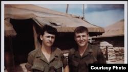 چهک ههیگڵ له ڤیهتنام ساڵی 1968