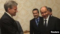 美國駐利比亞大使史蒂文斯6月7日在的黎波里和利比亞全國過渡委員會主席賈里里會面。