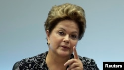 Presiden Brazil Dilma Rousseff di istana Kepresidenan Planalto (28/6).