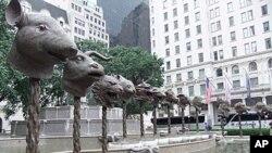 2011年春在纽约街头展出的艾未未《十二生肖》青铜兽首雕塑即将在台北展出