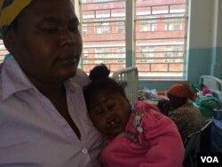 Umntwana omelele ukuhlinzwa eMpilo Hospital.