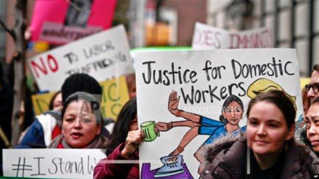 Tư liệu: Đòi công lý cho lao động giúp việc ở nước ngoài