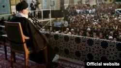 آقای خامنهای در پیام به حج گفته بود حوادث بحرین، نتیجه توطئه استکبار جهانی ست.