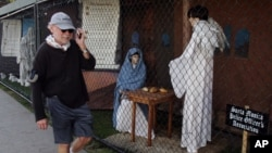 Hasta el año pasado se exhibieron los nacimientos en el parque Palisades. Iglesias buscan ahora otros lugares para poder seguir con la tradición.