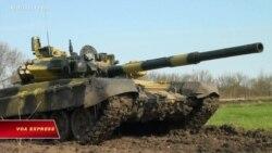 Việt Nam lần đầu trình chiếu xe tăng 'mắt đỏ' giữa căng thẳng Biển Đông