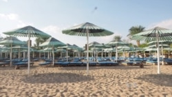 Egyptians Seek New Markets After Devastating Year for Tourism Industry