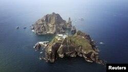 Nhóm đảo tranh chấp mà Nam Triều Tiên gọi là Dokdo và Nhật Bản gọi là Takeshima