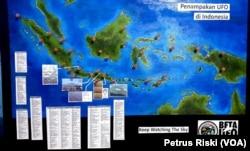 Peta penampakan UFO di Indonesia. (Foto: VOA/Petrus Riski)