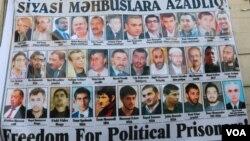 Siyasi məhbuslara azadlıq! plakatı